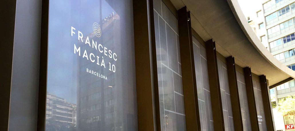 Fun Providers diseña los vinilos de Francesc Macià 10, la promoción más cara de España
