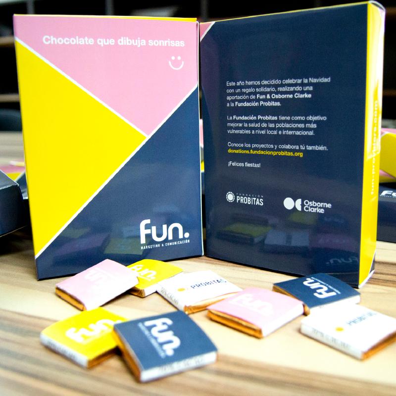 regalo solidario - fun providers agencia de comunicación de Barcelona