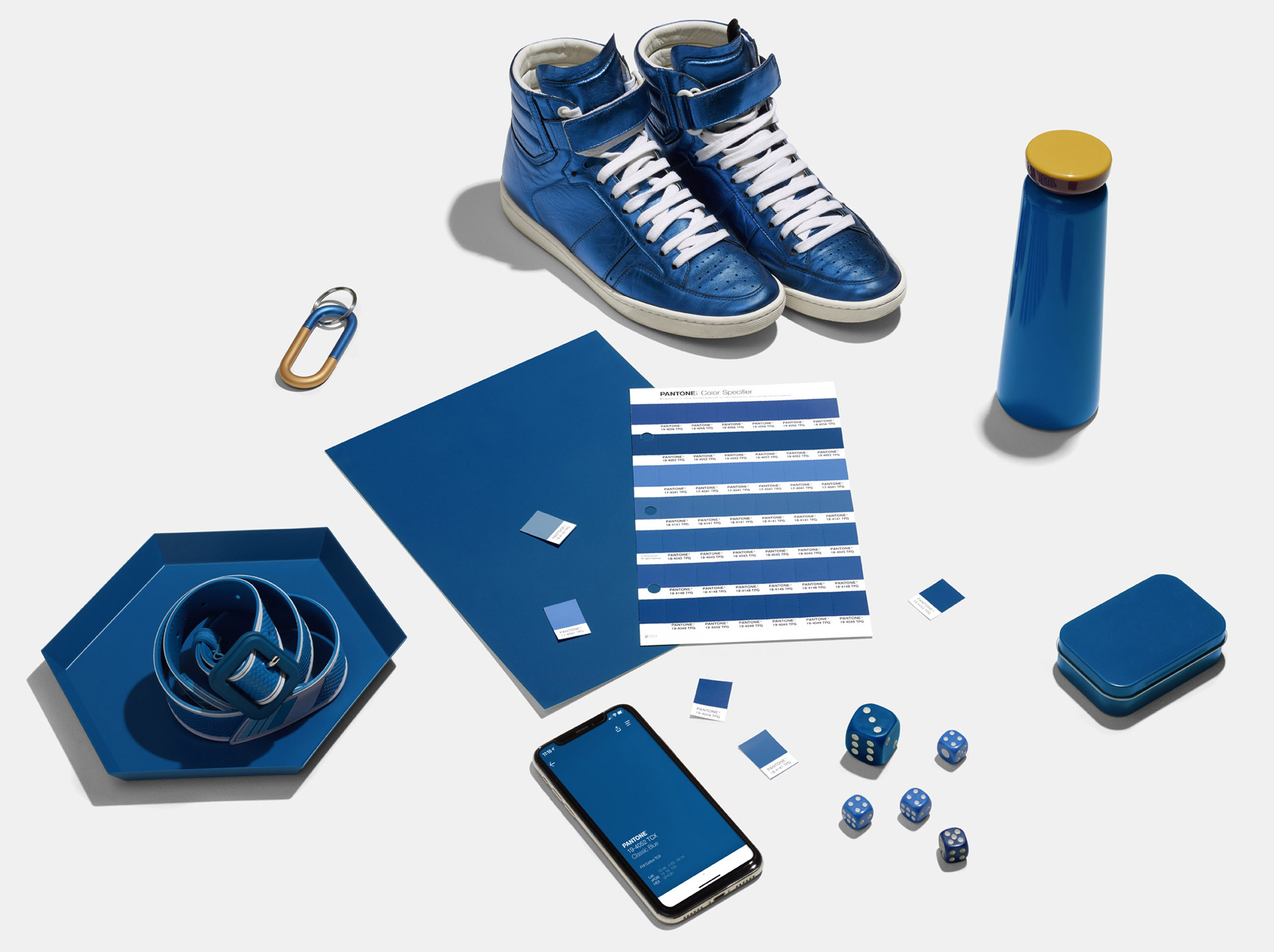 color del año pantone classic blue
